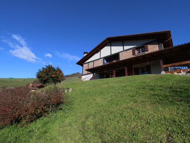 Villa unifamiliar en Belauntza, Gipuzkoa