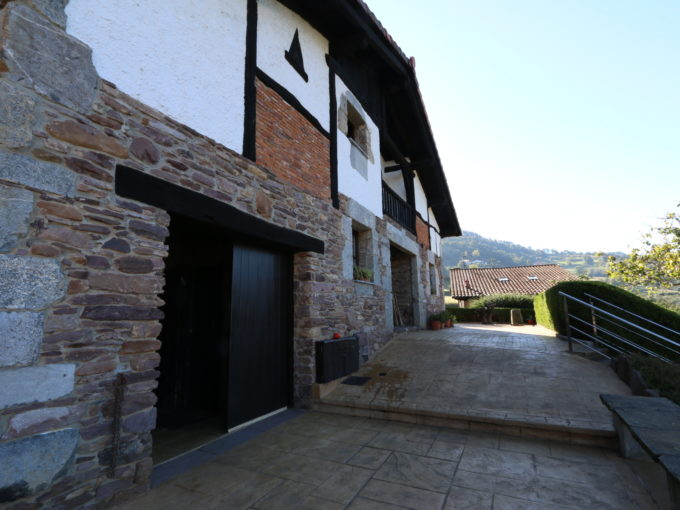 Casa unifamiliar en venta en Belauntza, Gipuzkoa