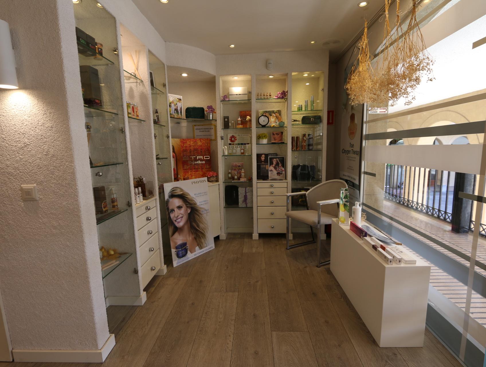 Centro de estética en pleno funcionamiento en  Ordizia, Goierri