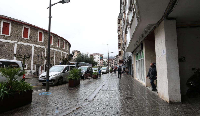 Local comercial junto a plaza de toros, Tolosa, Gipuzkoa 2