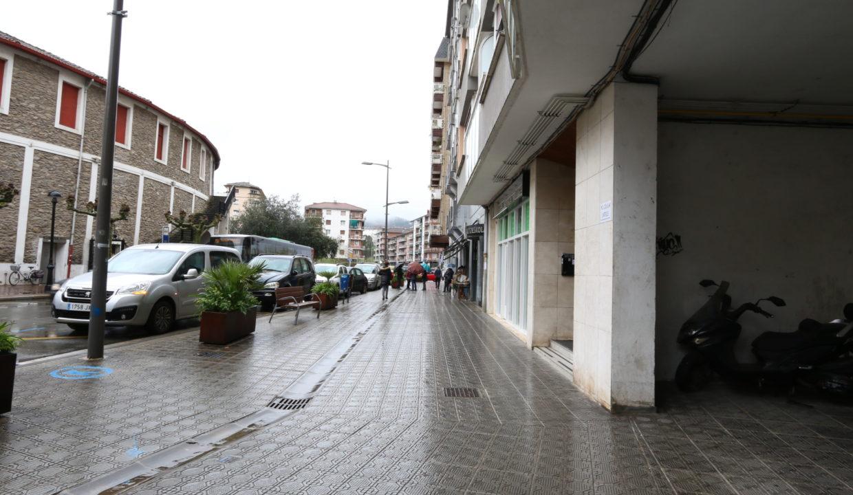 Local comercial junto a plaza de toros, Tolosa, Gipuzkoa 3